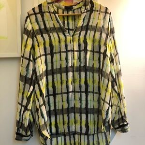 Vince Camuto size M sheer blouse